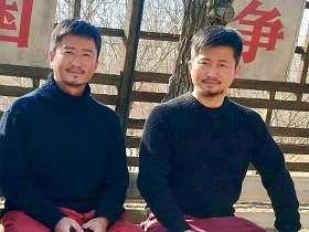 吳京和替身合影引熱議相似度超高連鬍子都一樣