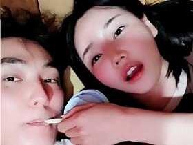 安七炫戀情曝光 SM澄清:兩人幾年前已結束緣分