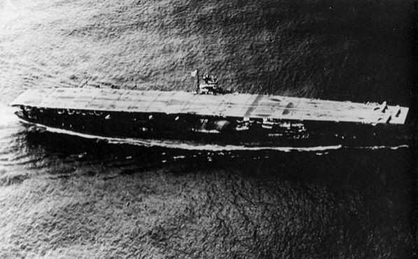 日本航母部隊旗艦「赤城號」找到了!僅距加賀號32km....全長約262米